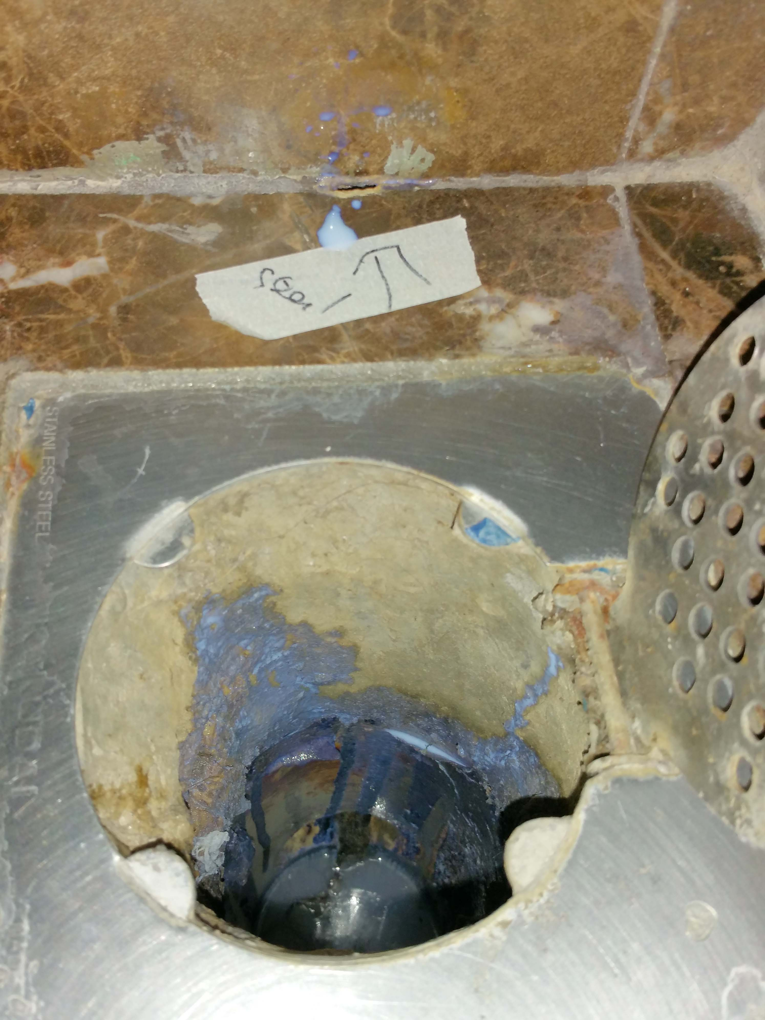 9. dye injection at wall hole. dye exit at cement in gully..jpg